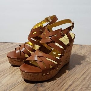 Marc Fisher | brown sandal wedges sz 6M